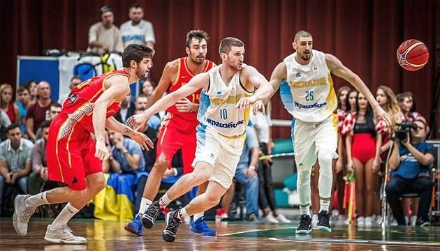 Баскетбол: Михайлюк считает победу над Испанией особенной для Украины