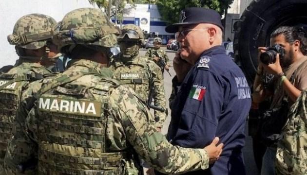 В Акапулько расследуют связи копов с наркокартелями