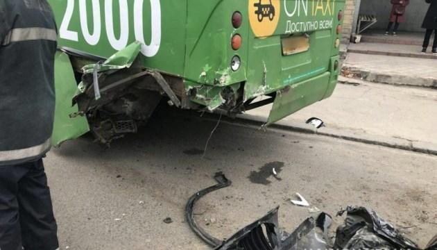 ДТП с маршруткой в Харькове: двое пострадавших - в тяжелом состоянии