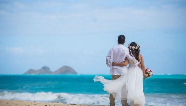 В Японии отменили свадебные туры на Гавайи