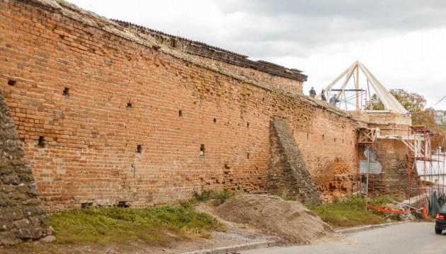 На реставрацію Вінницьких мурів виділено ще майже 1,4 мільйона гривень