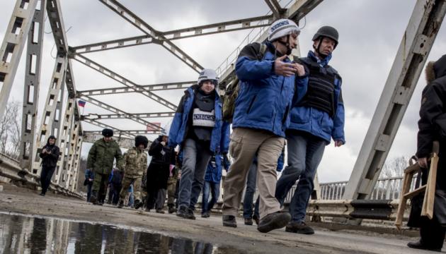 ОБСЄ знову виявила в ОРДЛО невідведені «Гради»