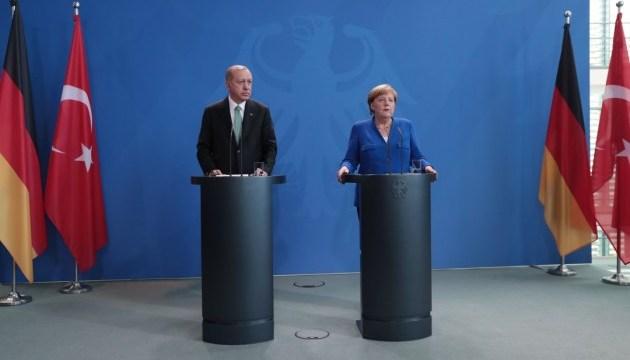 Меркель анонсувала сирійський саміт лідерів чотирьох країн