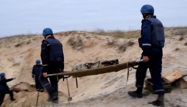 Со дна моря на Кинбурнской косе подняли 122 взрывоопасных предмета