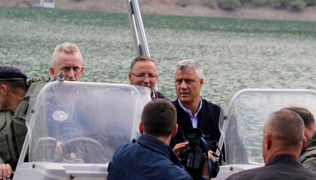 Визит главы Косово на границу: Сербия привела армию в боевую готовность