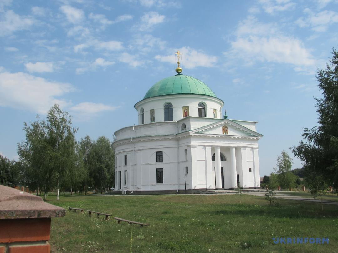 Миколаiвська церква