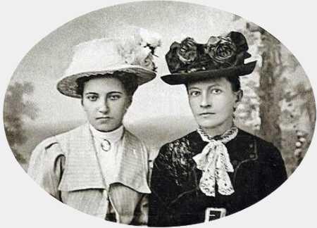 Дніпрова Чайка з дочкою Оксаною, 1915 р.