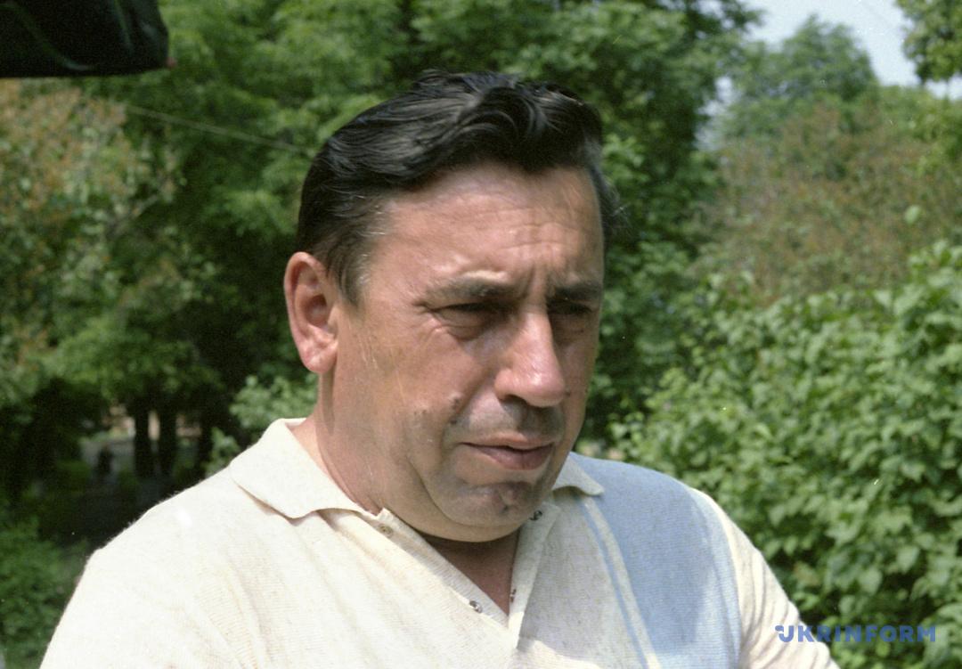 Микола Касьян