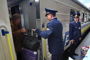 Укрзалізниця призначила на свята ще три додаткові поїзди з Києва