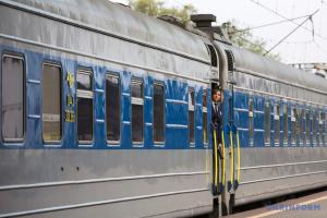 """Криклій перевірив, як виконуються """"карантинні"""" рекомендації у потягах"""