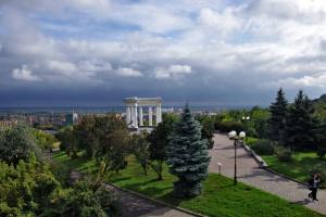 Галушки та Гоголь: на Полтавщині показали проєкт туристичного логотипа і брендбука