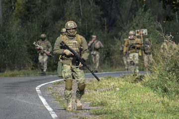 Okupanci strzelają z moździerzy kalibru 120 mm i SPG, bez strat