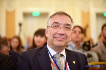 Ambassador Waschuk: 23 percent of Ukrainians denied Canadian visas