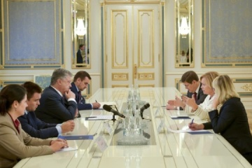 波罗申科会见北约议会大会主席