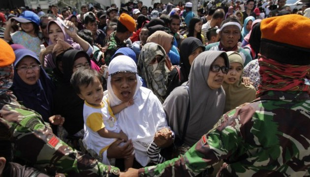 Жертв в результате разгула стихии в Индонезии уже более 1200 человек