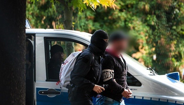Немецкие силовики заявляют о разоблачении террористов из