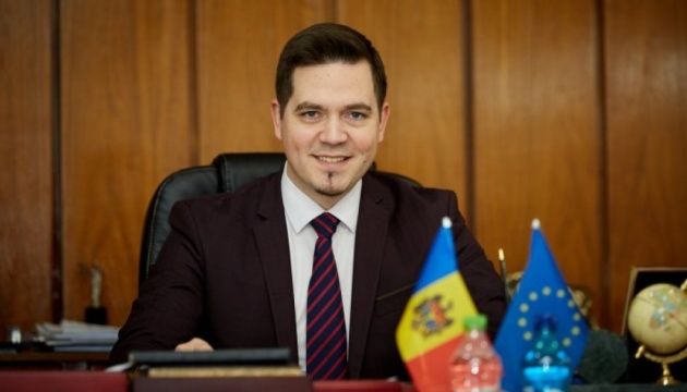 El ministro moldavo de Exteriores visitará Ucrania