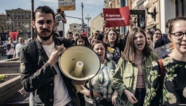 Соратник Навального получил политическое убежище в США