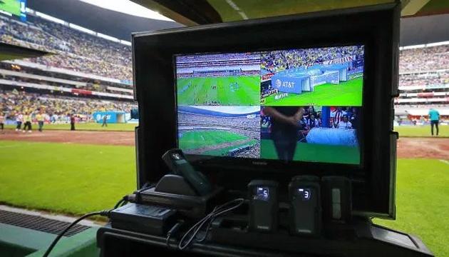Футбол: ФИФА открыла первые в истории курсы для специалистов VAR