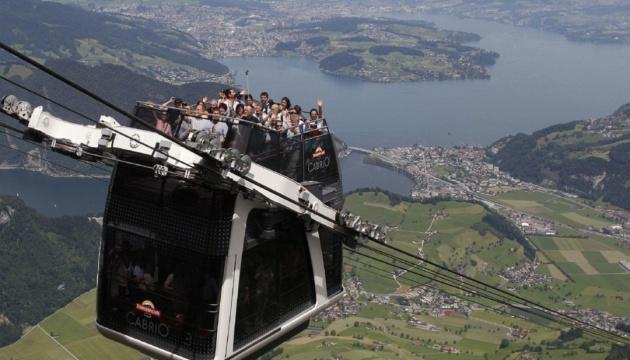 Курорт в Швейцарии оснастили самым высоким в мире фуникулером