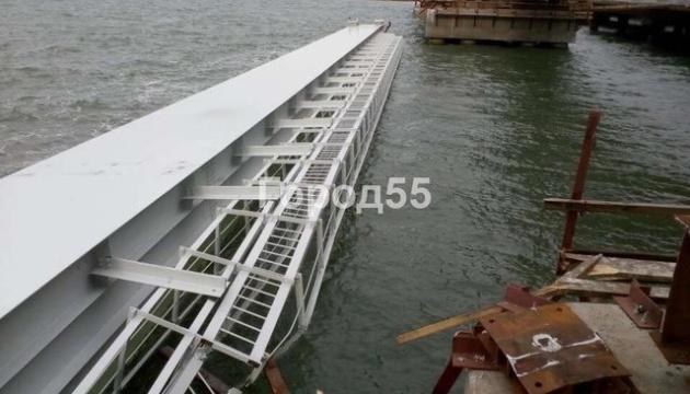 Обвал части Керченского моста: в соцсетях пишут о две поврежденные опоры