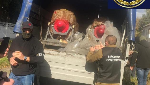 Офіцер украв два вертолітні двигуни з військової частини в Києві
