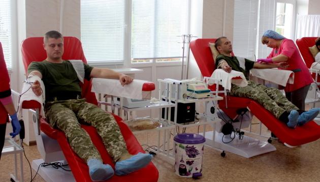 В Северодонецке пополнили запасы крови для раненых бойцов