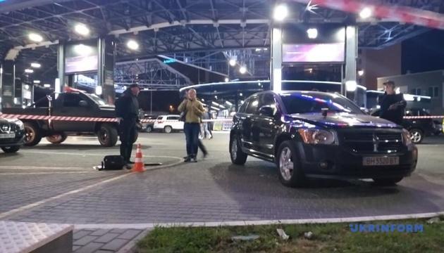 Поліція затримала двох учасників нічної стрілянини в Одесі