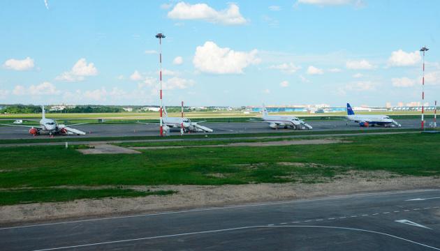 В аэропорту под Москвой столкнулись два самолета