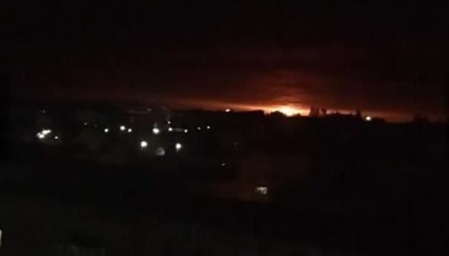 Brand in Munitionslager in Region Tschernihiw: 2 bis 3 Explosionen pro Sekunde