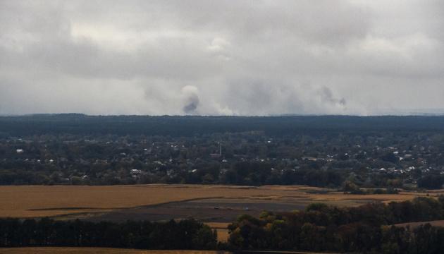На Черниговщине слышны взрывы на военных складах