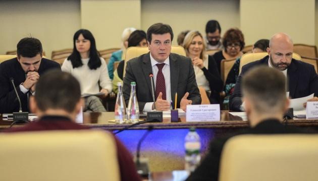 Зубко: В планах - строительство 512 новых сельских амбулаторий