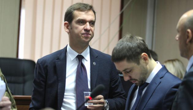 Суд отказался помогать адвокату Януковича