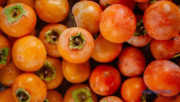 В Японии два плода хурмы продали за $5 тысяч