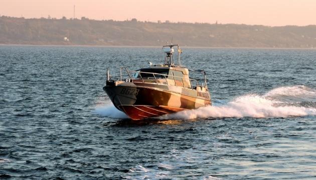 Морских пограничников привлекли к масштабным учениям в Азовском море