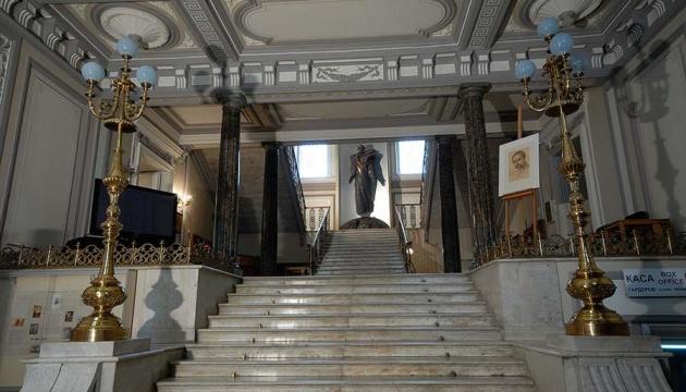 В музее Шевченко открылась выставка работ 30 знаковых художников