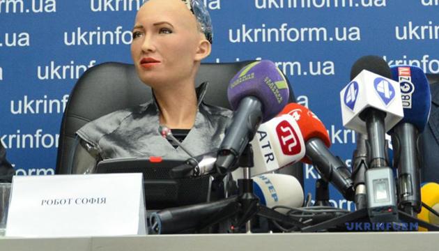 Разработчики Софии надеются, что когда-нибудь у нее будут эмоции, как у людей