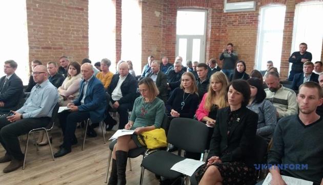 Об'єднані громади Житомирщини розроблятимуть плани поводження з відходами