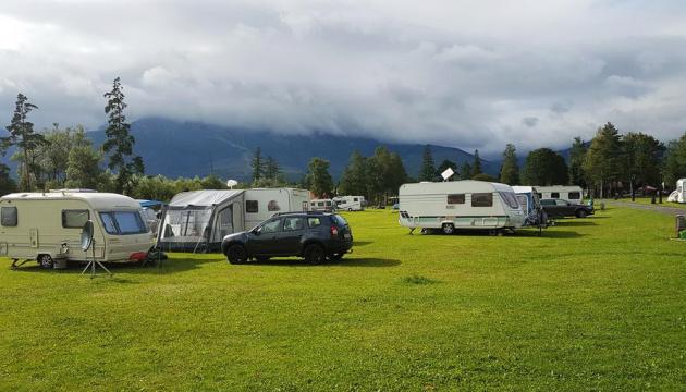 In Transkarpatien erscheinen Campingplätze für Touristen