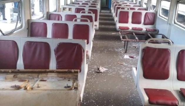 """Семеро підлітків розгромили вагон потягу """"Київ-Фастів"""""""