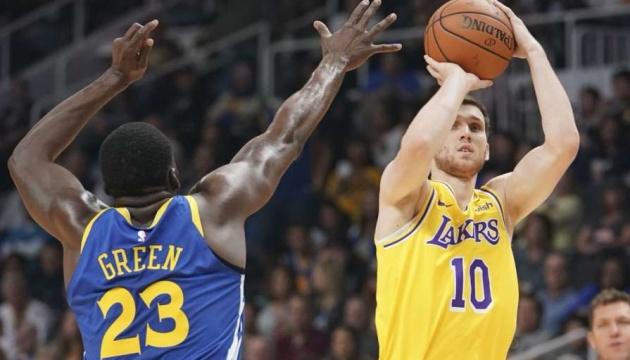 Баскетбол: Михайлюк допоміг «Лейкерс» обіграти чемпіона НБА