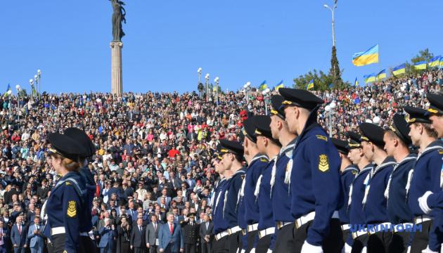 Важно, что курсантами Херсонской государственной морской академии являются крымчане - Президент