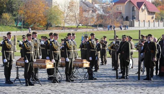 На Личаківському кладовищі у Львові перепоховали воїнів УПА