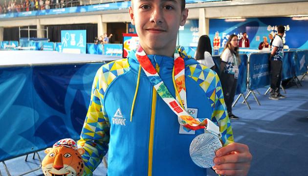 Гімнаст Назар Чепурний: Сподіваюся ще здобути медаль юнацької Олімпіади