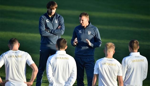 Усі футболісти збірної України взяли участь у тренуванні перед матчем із Чехією