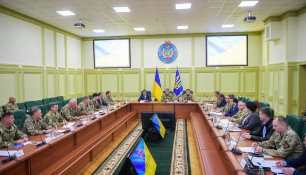 Poroshenko: 2.896 soldados dieron sus vidas por Ucrania