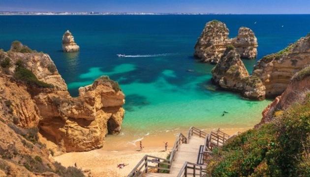 Туристи платитимуть податок на ще одному португальському курорті