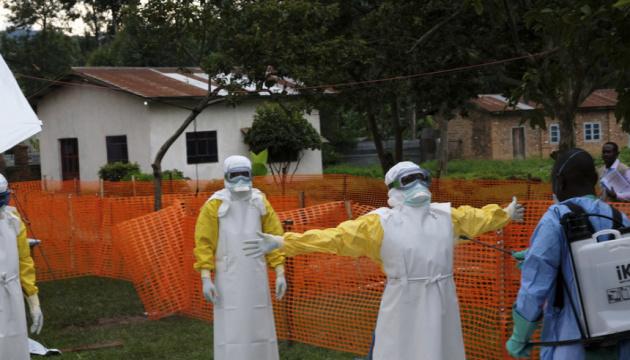 У Конго від Еболи померли вже понад 800 осіб