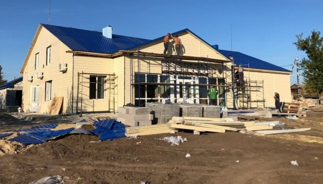 Зубко заявив про активне будівництво 45 нових амбулаторій