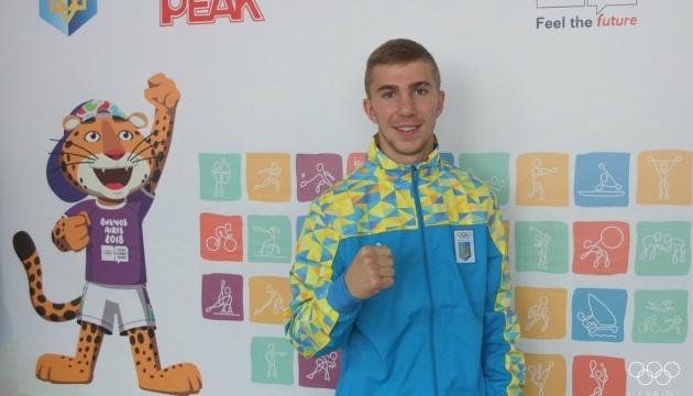 Тарас Бондарчук завоевал «серебро» на боксерском турнире юношеской Олимпиады